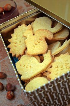 keksz édességek kiszúró liszt cukor vanília tojás vaj Muffins, Food And Drink, Snacks, Cookies, Dinner, Health, Vaj, Cukor, Bakken