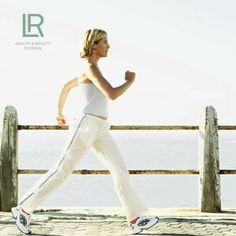 ACTIVIDADE FÍSICA - A chave para a saúde e a felicidade  FREEDOM PLUS – Articulações saudáveis Com nutrientes importantes, tais como as vitaminas E, D, manganês, sulfato de condroitina e sulfato de glucosamina, sem lactose nem glúten, cápsula 100% vegetal.  Para mais informações contacte: E-Mail - natureshape@sapo.pt Blog - http://natureshape.blogs.sapo.pt/