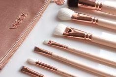 ZOEVA Rose Golden Vol.2 Luxury Kit ? Revue et avis #TheBeautyst  http://fr.thebeautyst.com/conseils-beaute/zoeva-rose-golden-vol-luxury-kit-revue-avis/?utm_source=Pinterest&utm_medium=Socialmedia&utm_campaign=Blog