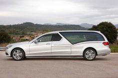 Vehicule funeraire STYLO Mercedes Benz Classe E VF212. Le corbillard limousine pour immortaliser le dernier voyage. bergadana.com France AUTOFUNER autofuner.com