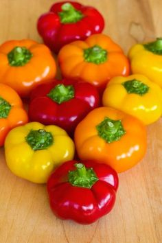 Real Meaty Hot Chilli Pepper Mixed Seed, 100 Seeds/Pack, NON GMO Edible Vegetable Capsicum annuum Annual Bonsai For Home Pepper Companion Plants, Pepper Plants, Companion Planting, Mini Sweet Peppers, Stuffed Banana Peppers, Stuffed Sweet Peppers, Cape Gooseberry, Home Grown Vegetables, Veggies
