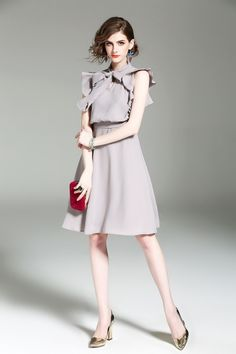Latest Fashion Clothes, Retro Fashion, Love Fashion, Fashion Beauty, Girl Fashion, Womens Fashion, Female Fashion, Fashion Poses, Hijab Fashion