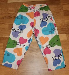 Vintage 50s original novelty heart love print cropped trousers clam diggers #Karindateens #1950sFashion #Heart
