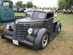 Chevy trucks aficionados are not just after the newer trucks built by Chevrolet. They are also into oldies but goodies trucks that have been magnificently preserved for long years. Rat Rod Trucks, Rat Rods, Cool Trucks, Big Trucks, Cool Cars, Semi Trucks, Dually Trucks, Truck Drivers, Dodge Trucks