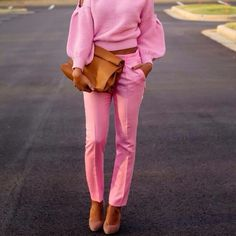 I would never personally wear this outfit but I just love the way it looks Looks Street Style, Looks Style, Looks Cool, Pink Fashion, Fashion Looks, Womens Fashion, Fashion Trends, Asos Fashion, Fashion Finder