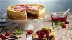 Koláč s tvarohom a jablkami   Kuchyňa Lidla Lidl, Cheesecakes, Brownies, Sweet Tooth, Sweets, Recipes, Food, Grout, Mascarpone