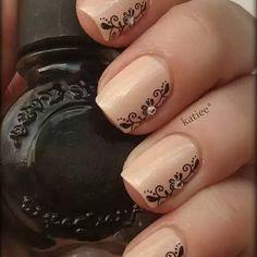 Resultado de imagen para uñas decoradas con sellos konad