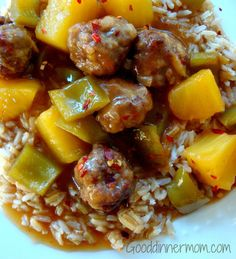 Meatballs with bell peppers and pineapple is a meal that is a true comfort food. Meat Recipes, Dinner Recipes, Cooking Recipes, Dinner Ideas, Turkey Recipes, Good Food, Yummy Food, Comfort Food, Beef Dishes