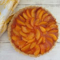 Peach Tart - A flaky buttery crust filled with fresh, sweet, juicy peaches. Healthy Food Blogs, Healthy Foods To Eat, Pie Dessert, Dessert Recipes, Peach Tart Recipes, Chicken And Mushroom Pie, Tasty Kitchen, Just Peachy, Recipe Community