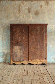 Stube cupboard