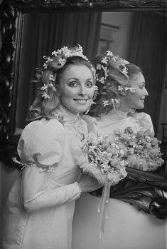 London, January Sharon Tate on Her Wedding Day to Roman Polanski. Photo by John Downing. Sharon Tate, Hollywood Wedding, Old Hollywood, Classic Hollywood, Harper's Bazaar, Roman Polanski, Pop Culture News, Vogue, Glamour