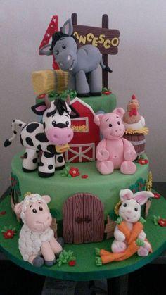 My farm cake Barnyard Cake, Farm Cake, Barnyard Party, Farm Party, Farm Birthday Cakes, Jungle Theme Birthday, Farm Animal Birthday, Vet Cake, Farm Animal Cakes