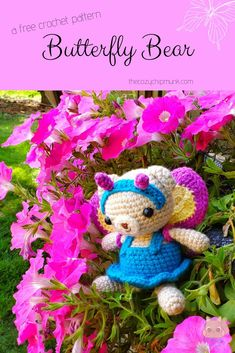 Butterfly Bear- A free crochet amigurumi pattern, designed by the Cozy Chipmunk. Ad-free PDF is also available on Ravelry! Crochet Animal Amigurumi, Crochet Baby Toys, Crochet Patterns Amigurumi, Knit Or Crochet, Cute Crochet, Crocheted Animals, Tsumtsum, Yarn Tail, Stuffed Animal Patterns