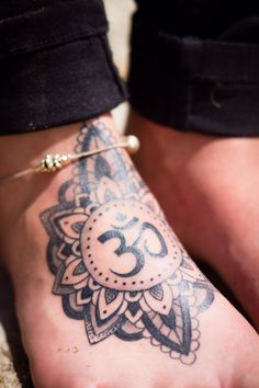 #dotart#om#tattoo#