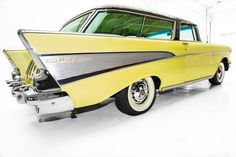 One Stop Classic Car News & Tips – Best classic cars and more! 1957 Chevy Bel Air, Chevrolet Bel Air, Chevy Classic, Best Classic Cars, Chevy Nomad, Car Station, Old Wagons, Hot Wheels, Corvettes