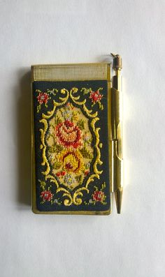 Note pad - Vintage ladies purse/bag note pad, gold toned with petit point tapestry