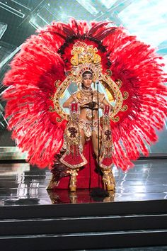 Gladys Brandao Amaya Miss Panama 2015 National Costume Carribean Carnival Costumes, Carnival Outfits, 3 People Costumes, Costumes For Teens, Best Group Halloween Costumes, Couple Halloween, Halloween Halloween, Halloween Makeup, Samba