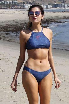 03343e2818 Blanca Blanco in a Blue Bikini on the Beach in Malibu – March 2018