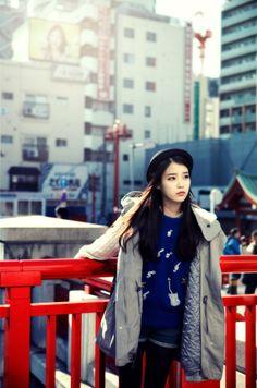 IU clash if colors looks good ; Iu Fashion, Asian Fashion, Winter Fashion, Korean Celebrities, Celebs, Angelababy, Korean Actresses, Asian Style, Girl Crushes