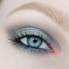 Dressed in Mint: make up. - GRAY SMOKY with coral accent / step by step