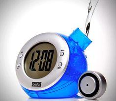Relógio que só funciona com água