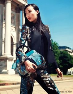 Shu Pei, Miao Bin Si and Others for Elle China (October 2013) 25th Anniversary Issue - http://qpmodels.com/asian-models/shu-pei/3815-shu-pei-miao-bin-si-and-others-for-elle-china-october-2013-25th-anniversary-issue.html