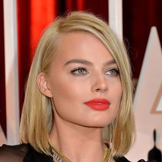 Margot Robbie Make up