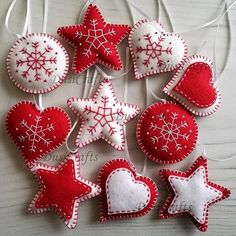 Felt christmas ornaments - set of 10 heart, star, snowflake traditional ornaments white and red / wool blend felt Listing is for set of 10 ornaments Size about 7 cm Handmade from wool blend felt with high precision and great care. For any special requests Homemade Christmas, Simple Christmas, Christmas Crafts, Christmas Projects, Holiday Crafts, Classic Christmas Decorations, Felt Decorations, Felt Christmas Ornaments, Christmas Sewing