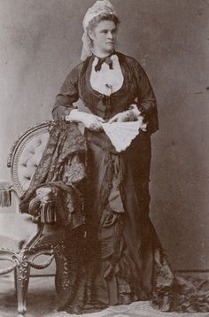 Erbprinzessin Helene von Thurn und Taxis, geborene Herzogin in Bayern, genannt Néné. Tochter von Herzog Max in Bayern und Prinzessin Ludovika von Bayern