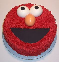 I think I will make an Elmo cake just to make myself smile. I love Elmo, yes I said it