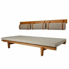Daybed by Fabricius and Kastholm Daybed by Fabricius & Kastholm image 2 Diy Sofa, Sofa Design, Interior Design, Sofa Furniture, Furniture Design, Sofa Bench, Sofa Sofa, Dining Bench, Wooden Sofa