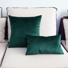 Buy High Quality Soft Emerald Green Velvet Pillow Case Cushion Cover Dark Green Pillow Cover No Balling-up Without Stuffing . Green Velvet Pillow, Green Throw Pillows, Green Cushions, Orange Pillows, Velvet Cushions, White Pillows, Accent Pillows, Green Pillow Covers, Cushion Covers