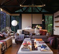 A lareira é a atração principal em cinco projetos intimistas - Casa.com.br