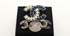 เข็มกลัด+ต่างหู Chanel Brooch + Earring Pearl (สีขาว-น้ำเงิน) ของใหม่พร้อมส่ง‼️ - Iris Shop