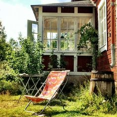 windows at the end of veranda Porches, Future House, My House, Outdoor Spaces, Outdoor Living, Red Cottage, Swedish House, Architecture, My Dream Home