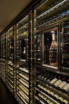 Favorites for Friday – Four Years Later Turn your basement into a wine cellar!Turn your basement into a wine cellar! Cave A Vin Design, Home Wine Cellars, Wine Cellar Design, Wine Cellar Modern, Wine Display, Wine Wall, Wine Cabinets, Italian Wine, Wine Storage