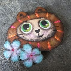 Cute Kitty brooch, made from polymer clay (tutorial available here) https://www.etsy.com/listing/563607451/cute-kitty-tutorial?ref=shop_home_active_5