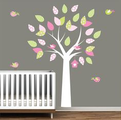 I want this for Ella's room! It would go perfect in there with the brown trunk.