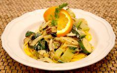Grüne Gemüsepfanne mit Fenchel, Mangold und Miso-Orangen-Sauce