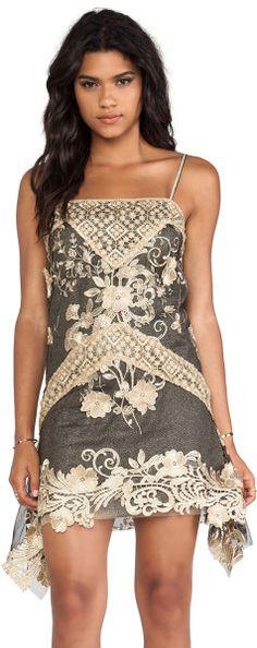 ★ Delicate Creamy ★ Anna Sui Maiden Faire Lace Tank Dress in Black | The House of Beccaria#