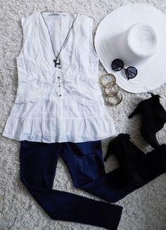 Kup mój przedmiot na #Vinted http://www.vinted.pl/damska-odziez/bluzki-bez-rekawow/6444709-delikatna-mgielka-biala-bluzeczka-z-baskinka-i-kamizelka