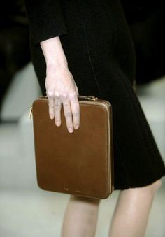 ...this leather case!
