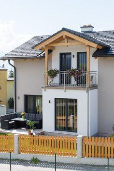 Erker mit Balkon und gemütlicher Sitzgelegenheit im Freien Sims 4 Build, Houses, House Design, Bracelet, Building, Outdoor Decor, Model, Home Decor, House Architecture