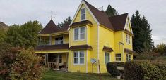 Charming house built in c.1989 located at: 11 Springboard Ranch Rd,Winthrop, WA 98862