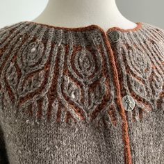 Helenium - Ravelry: Helenium pattern by Amanda Scheuzger Hand Knitting Yarn, Knitting Stiches, Fair Isle Knitting, Knitting Patterns, Hand Knitted Sweaters, Knitting Magazine, How To Purl Knit, Cardigans For Women, Clothing Patterns