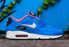 "Nike Air Max 90 ""Dark Electric Blue"" - SneakerNews.com"
