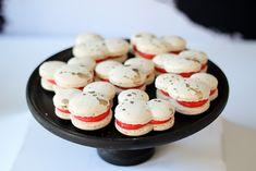 Classic-Mickey-Mouse-Birthday-Party-via-Karas-Party-Ideas-KarasPartyIdeas.com6_.jpg 700×467 pixels