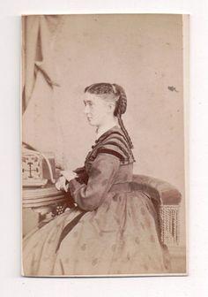 Vintage CDV Civil War Era Woman R.S. De Lamater Photo Hartford Conn.