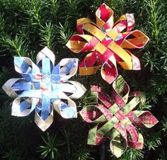 Paper Snowflake Ornaments - Craft Maniacs Really pretty but also advanced. Maybe in a few years. Paper Christmas Ornaments, Ornament Crafts, Snowflake Ornaments, Christmas Paper, Holiday Crafts, Holiday Fun, Christmas Decorations, Folded Fabric Ornaments, Ornaments Ideas