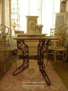 Conservatory Table romantic garden rusty metal by AtelierdeLea, €25.00